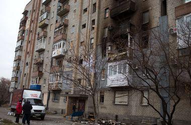 """В Донецке не стихают залпы. Горожане: """"Нас просто бросили, ждут, наверное, пока сами вымрем"""""""