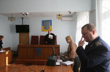 Киевский суд отобрал у застройщиков землю на Виноградаре