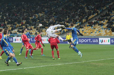 Яркие кадры матча Украина - Литва 0:0