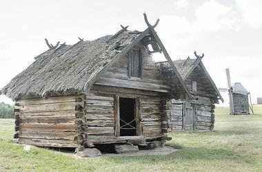 """В киевском музее """"Пирогово"""" могут рухнуть старинные дома"""