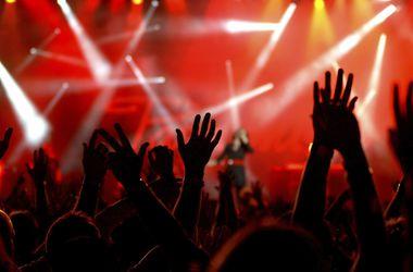Западные музыканты отказываются от концертов в России