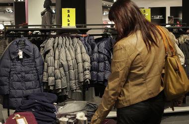 Украинцы стали экономить на одежде