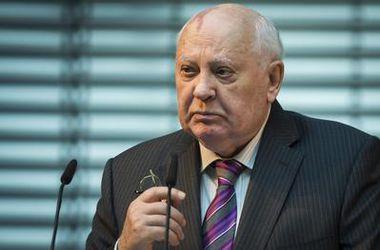 Горбачев посоветовал Путину прислушаться к Меркель