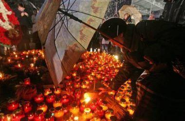 На освобожденных территориях Донбасса почтили жертв Голодомора