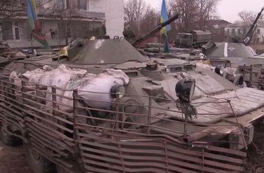 """""""Киборги"""" из донецкого аэропорта рассказали об атаках боевиков"""
