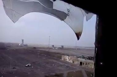 """Донецкие """"киборги"""" провели мини-экскурсию по аэропорту"""