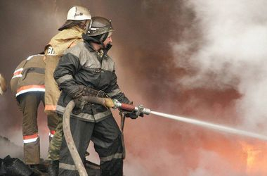 В Киеве массово горели ларьки