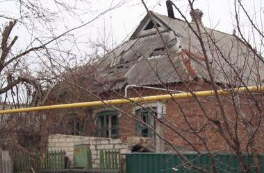 Житель Марьинки: Нас постоянно обстреливают, от такой жизни 4 человека повесились