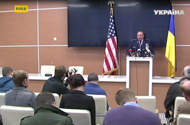 НАТО поможет Украине реформировать оборонную сферу