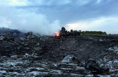 Чтобы определить причину крушения малазийского Боинга, авиалайнер воссоздадут из обломков