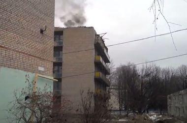 В Донбассе продолжают гибнуть мирные жители: боевики стреляют по жилым кварталам