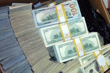 Россия потеряла $200 млн валютных резервов за неделю