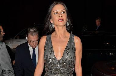 Кэтрин Зета-Джонс в шоке от новой возлюбленной Майкла Дугласа