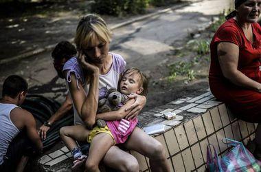 """Беженцы из Донбасса: """"Мы не нужны своей стране!"""""""