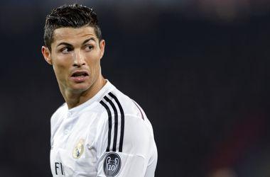 """""""Реал"""" объяснил, почему """"Золотой мяч"""" нужно отдать Роналду"""