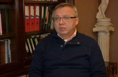 При неработающей банковской системе, соцвыплаты на Донбасс можно доставлять наличными – эксперт