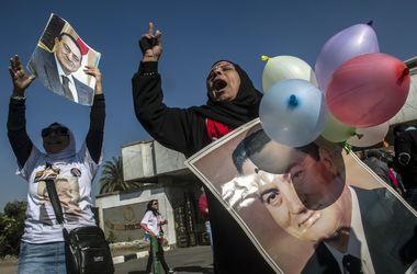 Египтяне встретили оправдательный приговор Мубараку очень бурно