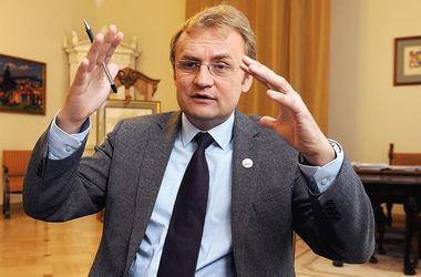 Садовый отказался от кресла вице-премьера, так как метит в президенты - политологи