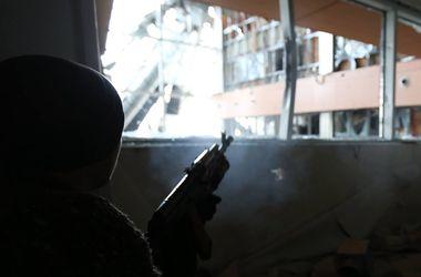 В аэропорту Донецка прекращен огонь