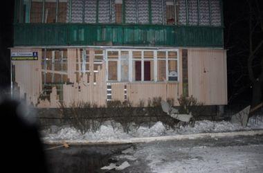 В Донецке не стихают мощные взрывы – обстреляны жилые дома и больница