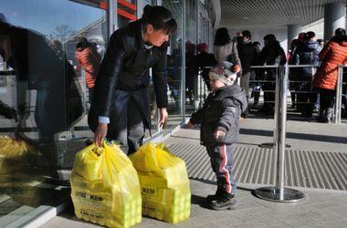 Более миллиона продуктовых наборов Гуманитарный штаб доставил на Донбасс
