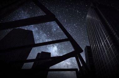"""Британец """"выключил"""" свет в Лондоне и показал звездное небо"""