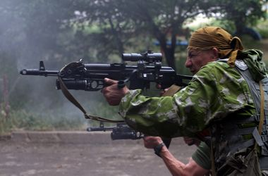 В Донецке идут ожесточенные бои: гибнут мирные жители и боевики