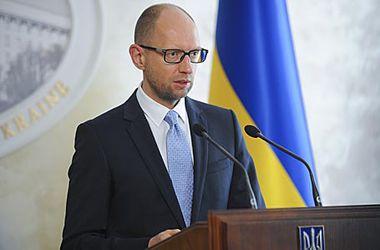 Яценюк призвал государства-участники Будапештского меморандума требовать от РФ выполнения обязательств