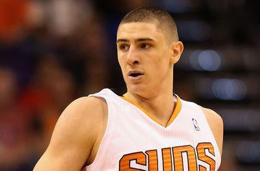 """Украинец Лэнь помог """"Финиксу"""" на выезде обыграть """"Даллас"""" в НБА"""