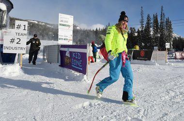 Знаменитая горнолыжница Линдси Вонн вернулась в спорт после операции