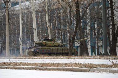 За последние сутки в Донбасс прибыли два дивизиона артиллерии из России - Тымчук