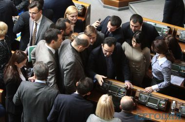 Сегодня Кабмин утвердит программу своей деятельности – Кириленко