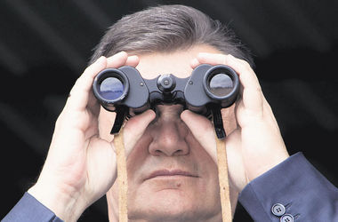 Янукович пытался вывести из Украины еще 20 млн грн