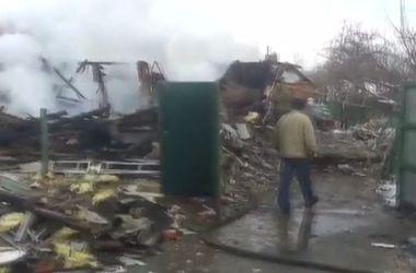 Разрушенные дома и жизни - последствия артудара по Горловке