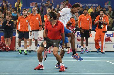 Команда Федерера проиграла команде Джоковича в теннисной Премьер-лиге