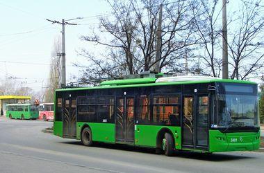 В Харькове вновь не курсирует городской транспорт