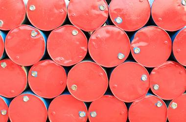 С лета цены на нефть рухнули уже на 40%
