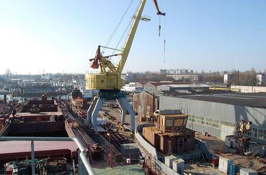 Обыск в Мариупольском порту: Вооруженные люди в балаклавах перепугали сотрудников
