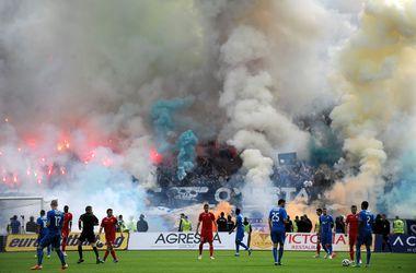 Полиция Болгарии арестовала футболистов за договорные матчи