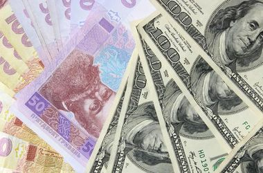 Курс доллара на межбанке превысил 16 грн