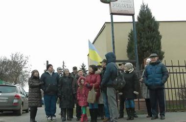 """Украинские беженцы в Польше: """"Нас сейчас откровенно выгоняют"""""""