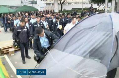 В Гонконге закончилась революция зонтов