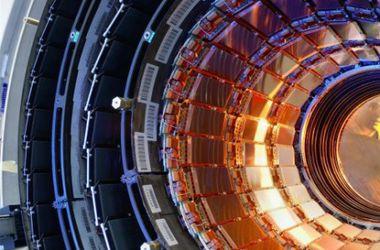 Во второй раз ученые готовят к запуску Большой адронный коллайдер