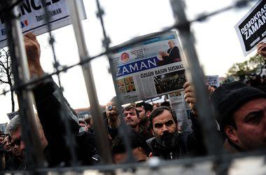 В Турции начались аресты журналистов, которых обвиняют в заговоре против властей
