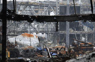 Наблюдатели ОБСЕ рассказали о масштабных разрушениях в донецком аэропорту