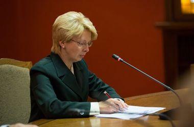 Лидер латвийского парламента отказалась встречаться с послом РФ