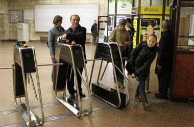 За проезд на метро на Троещину инвестор может брать по 10 гривен – Никонов