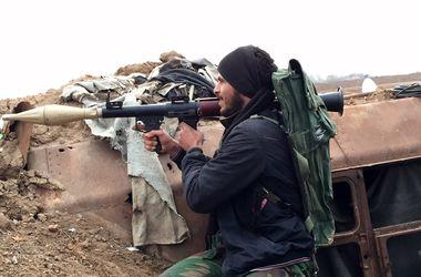 В Сирии исламисты захватили две военные базы, погибли около 200 человек