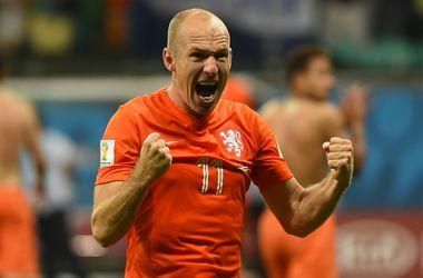 Футболист стал спортсменом года в Голландии впервые за 27 лет