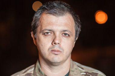 """Семенченко заявил, что ничего не знает об угрозах """"Днепра-1"""" и """"Правого сектора"""""""